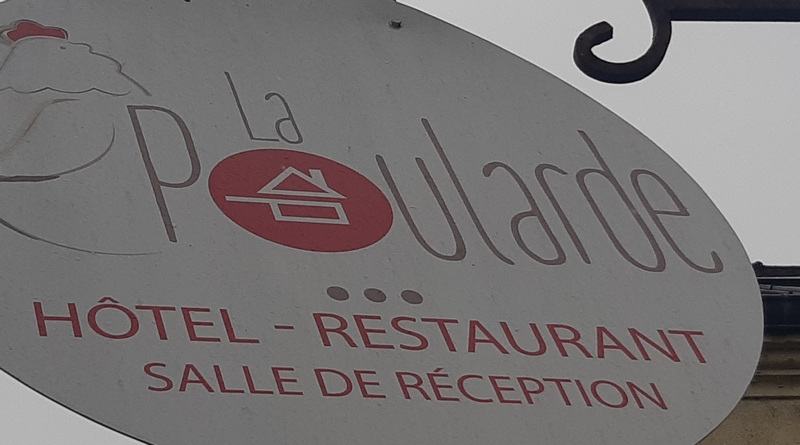 PYC-restaurant-labelbd.jpg